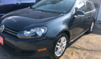 2010 Volkswagen Golf/Certified/Panoramic Roof/We Approve All full