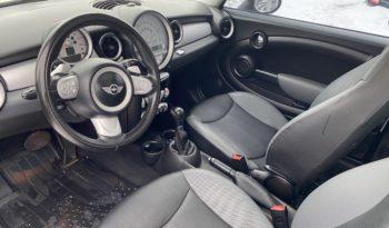 2010 MINI Cooper Clubman 2dr Cpe Automatic 1.6L 4-Cyl Gasoline full