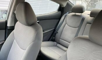 2012 Hyundai Accent full